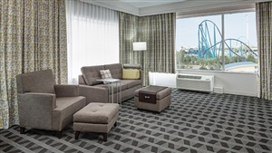 TownePlace Suites Orlando at SeaWorld Living Room