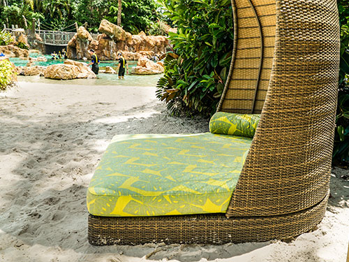 Days Beds at Discovery Cove
